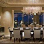 مرکز پخش انواع لوستر بالای میز غذاخوری